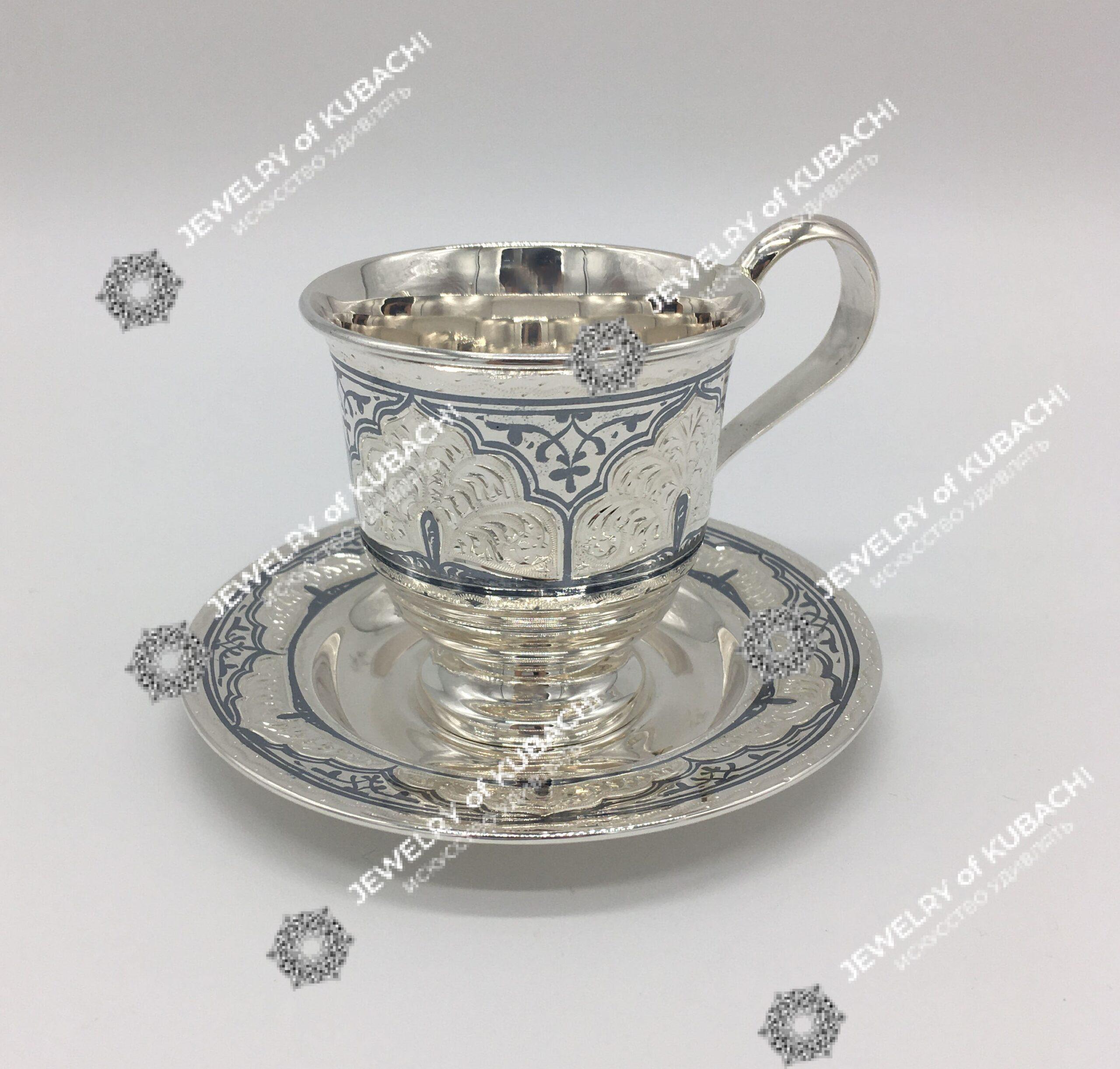 Чашка с блюдцем (чайная)