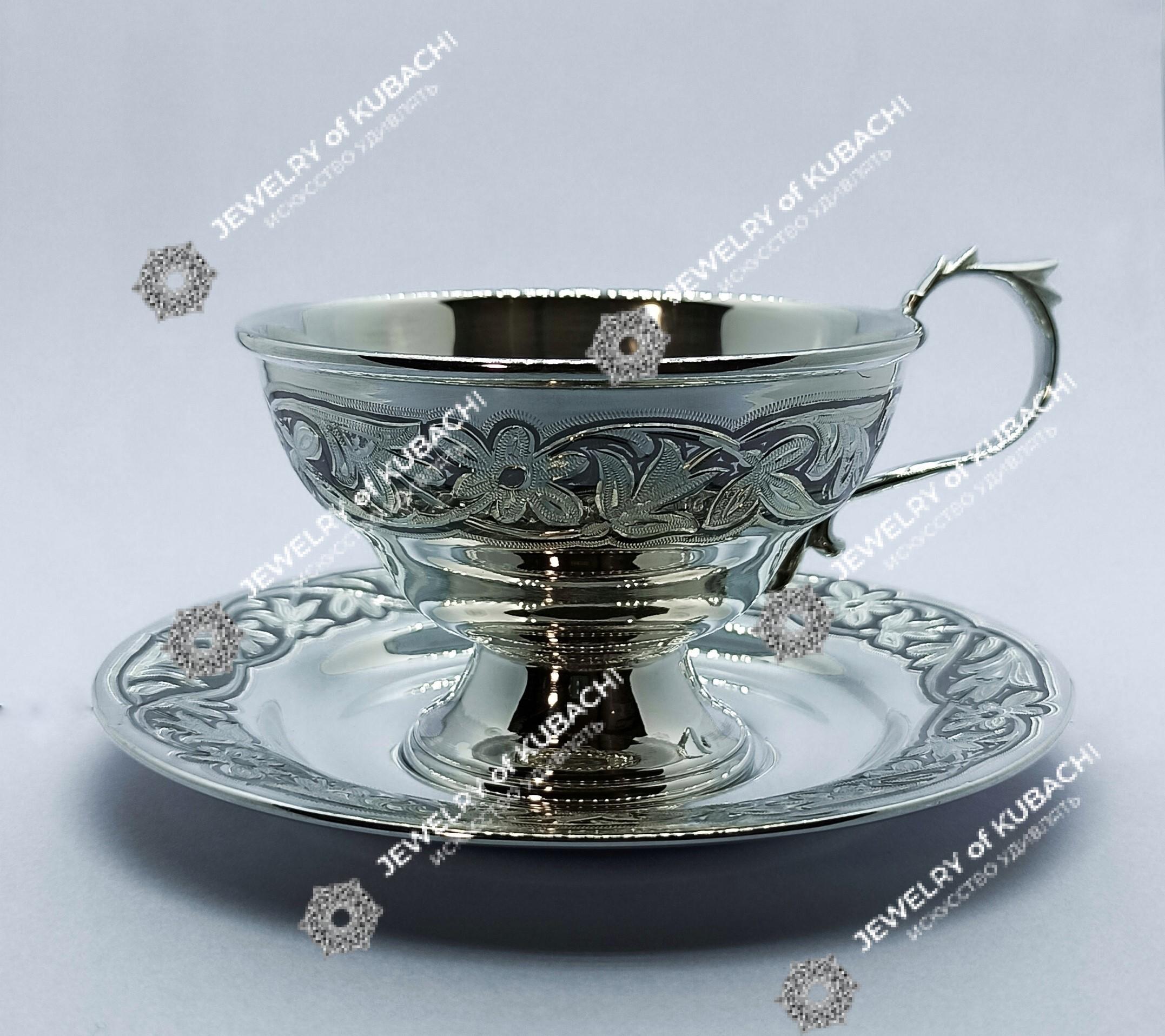 Чашка с блюдцем на 150мл